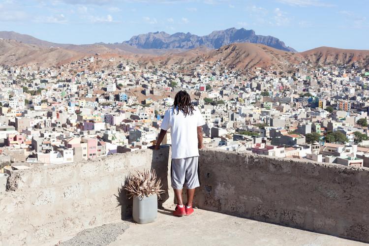 OUTROS BAIRROS: iniciativa reabilita um assentamento precário em Cabo Verde, © Diogo Bento