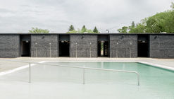 Borden Park Natural Swimming Pool / gh3