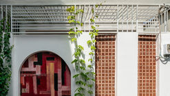 Casa patio trasero / AD9 Architects