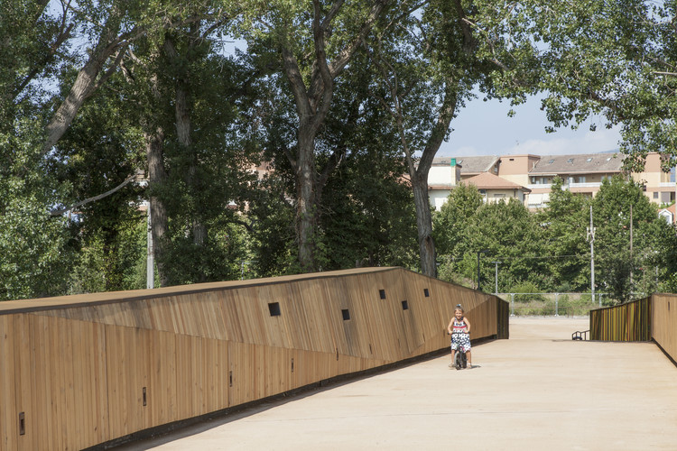 Pedestrian And Cycling Bridge / LD+SR architetti, © Andrea Bosio