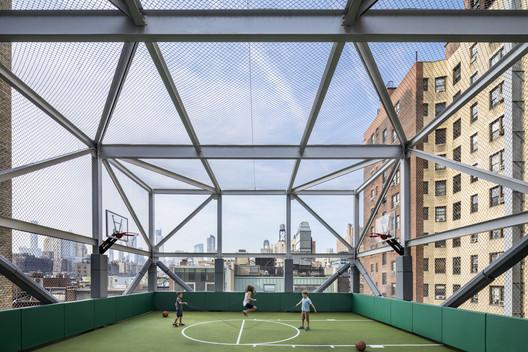 Rodeph Sholom School Playdecks / Murphy Burnham & Buttrick Architects