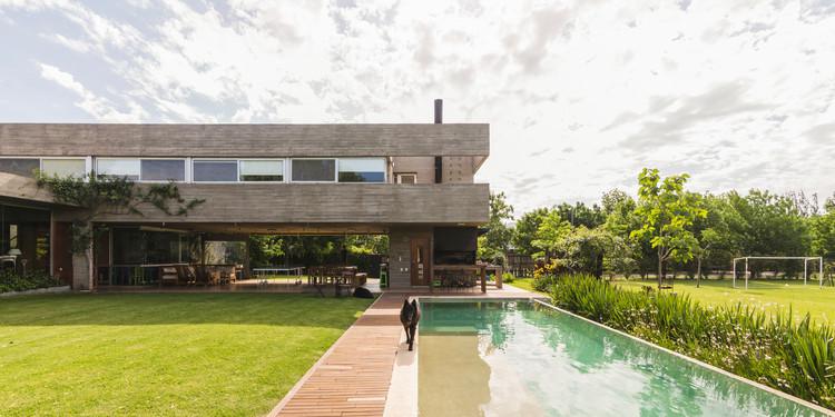 Casa KM / Estudio Pablo Gagliardo, © Ramiro Sosa