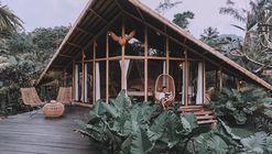 Refugio halcón  / Studio WNA