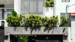 Oficina Anpha / AD9 Architects