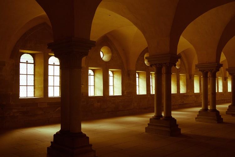 Quando foram inventadas as janelas de vidro?, Cortesia de pxhere.com