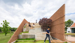 Foothill House / Site-Specific: Architecture & Research (SS:AR)
