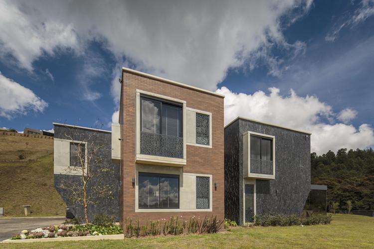 Casa em Envigado / Plan:b arquitectos, © Alejandro Arango