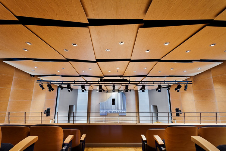 How To Improve the Acoustics of a Room, Cortesia de Gustafs