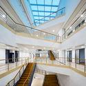 High floor lighting atrium. Image © Yuan Ma