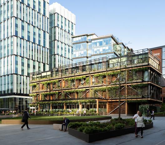 Hardman Square Pavilion / Sheppard Robson