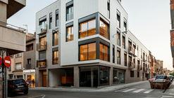 Edificio de viviendas en centro urbano / Pepe Gascón Arquitectura