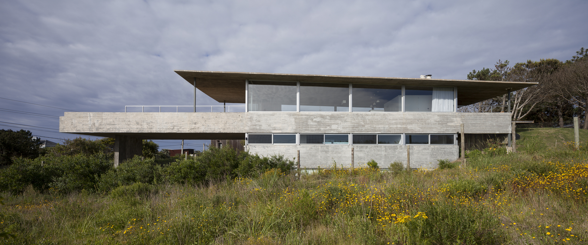Nabuco House / Estudio Pablo Gagliardo