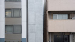 Edificio multi arriendo en Ginza / SO&CO.