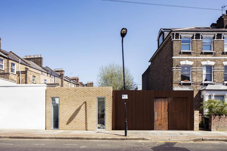 Hackney Backhouse / Guttfield Architecture, © Will Scott