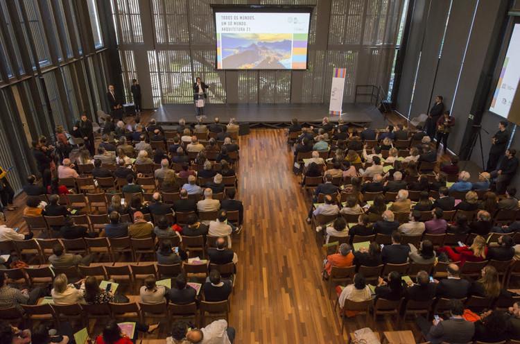 Evento na Casa Firjan lança programação do 27º Congresso Mundial de Arquitetos, Convidados se reúnem na Casa Firjan para lançamento do UIA2020RIO / Renata Mello