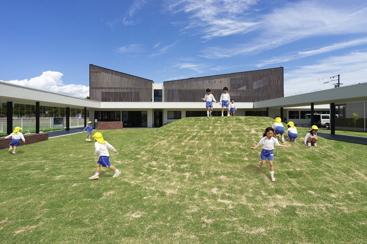 KO Kindergarten / HIBINOSEKKEI, Youji no Shiro, Kids Design Labo, Exterior Render