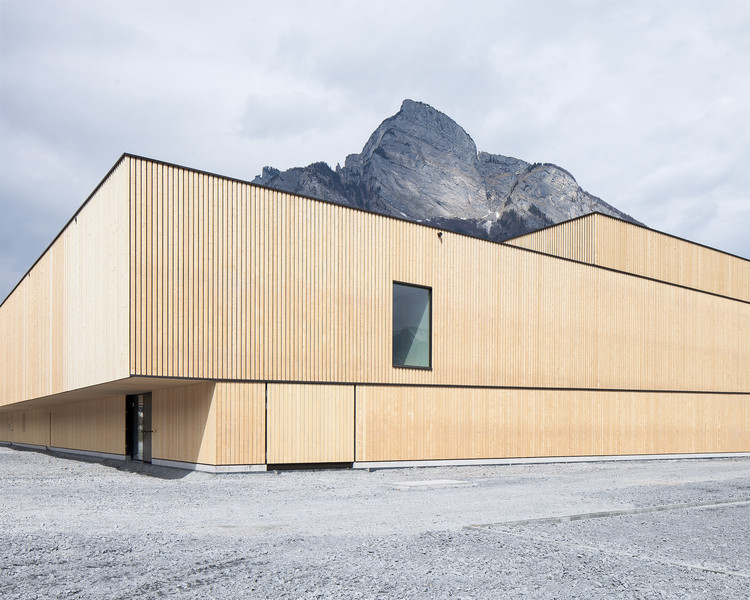 Sports Center Sargans / Ruprecht Architekten + HILDEBRAND, © Roman Keller