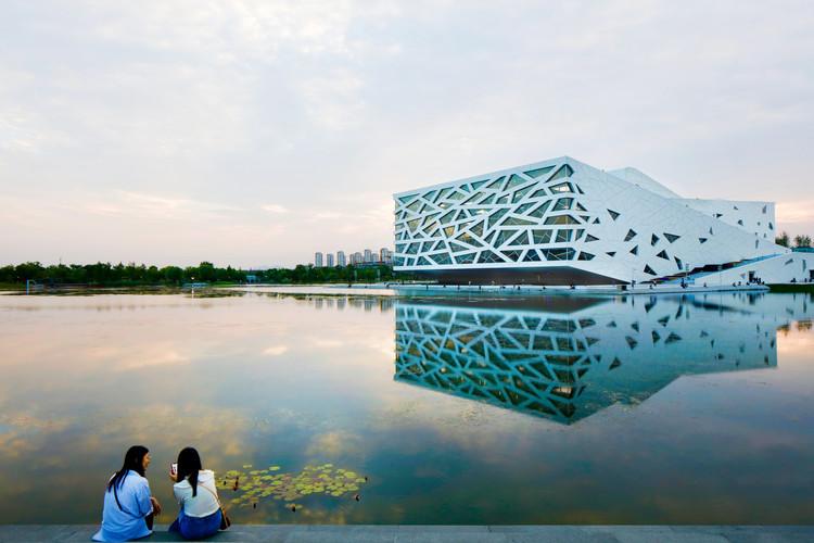 Hangzhou Yuhang Opera / Henning Larsen, © Philippe Ruault