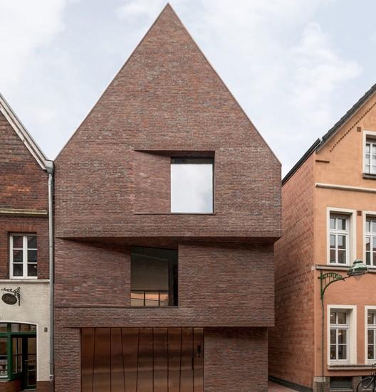 House in the Buddenturm / hehnpohl architektur