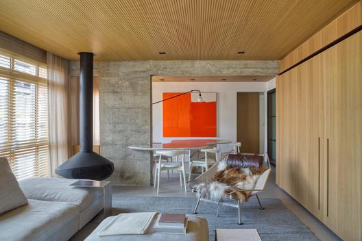 Apartamento KZ / Nildo José