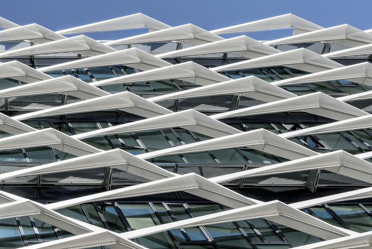 Antorchas Educación moral Irónico  Adidas World of Sports Arena / Behnisch Architekten | ArchDaily