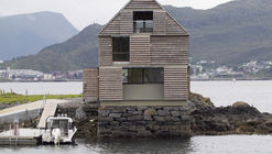 Weekend House Straume / Knut Hjeltnes