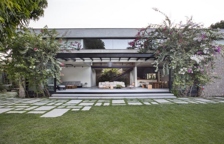 Residência MN / Sabugosa Arquitetura, © Denilson Machado – MCA Estúdio