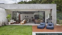 Casa LG / Sabugosa Arquitetura