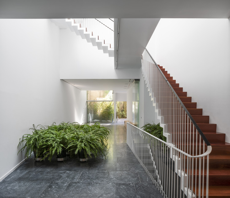Vázquez Consuegra | Office | ArchDaily