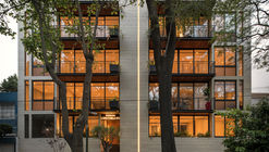 Edificio LC 843 / Escala Arquitectos + A+[eu] Arquitectura y estrategias urbanas