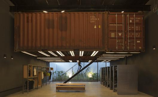 Containers Shop / BBC Arquitectos