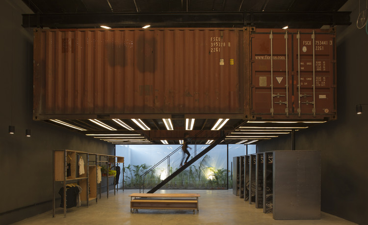Containers Shop / BBC Arquitectos, © Manuel Ciarlotti Bidinost