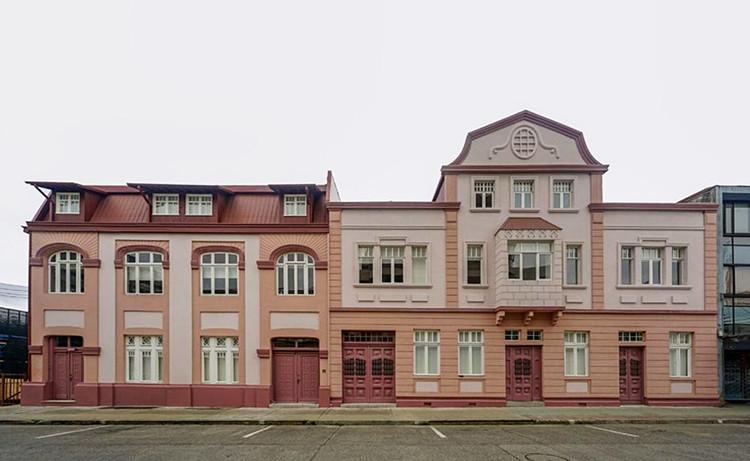 Viviendas patrimoniales se transforman en espacios para estudiantes de uso público en Valdivia, Casa Central. Image Cortesía de Universidad Austral de Chile