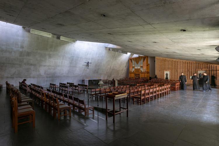O Mosteiro Brutalista de Hans Broos em Vinhedo, © Ronaldo Azambuja