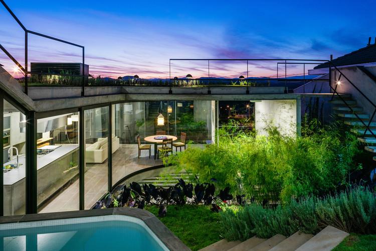 Casas Paulistas: o espaço do sonho, Casa LEnS / Obra Arquitetos. © Nelson Kon
