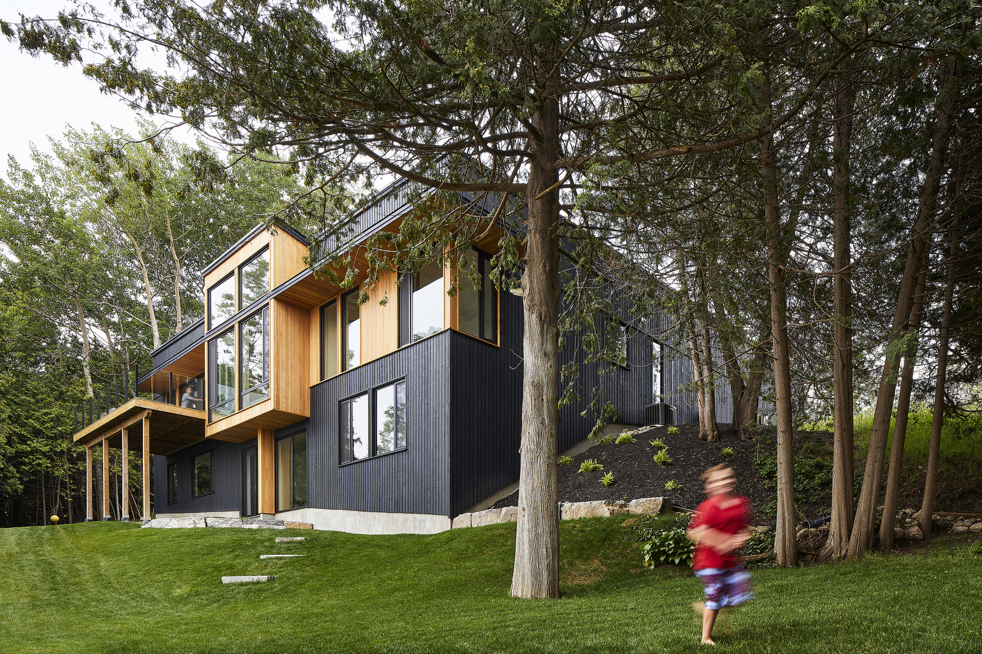 Sturgeon Lake House Stephane LeBlanc Architects ArchDaily Cool Out To Out House L E Ft Architects