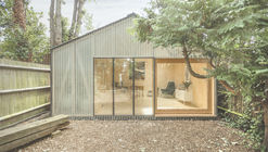 Estudio linterna / Surman Weston