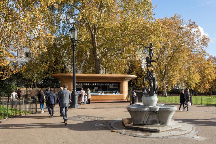 Quioscos de Royal Parks - Ritz Corner. Imagen © Luke Hayes