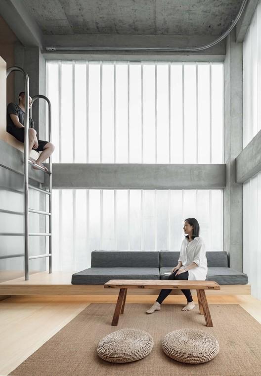 Hotel Far & Near / kooo architects, Dormitório de Hóspedes Tipo A. Imagem © Keishin Horikoshi /SS