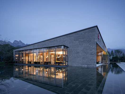 MOMA Lotus Resort / Lacime Architects