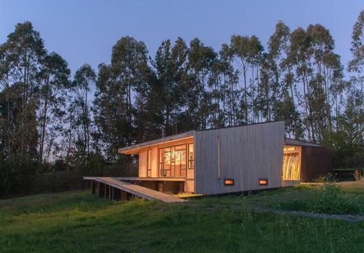 The Warehouse / Eleva Arquitectura