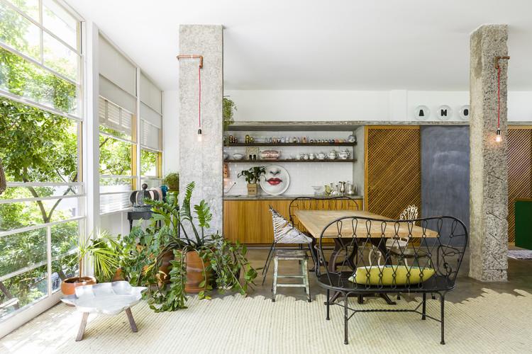 Apartamentos no Higienópolis: 10 projetos em planta, Apartamento Louveira / Estudio FM + Rosenbaum® | © Ricardo Bassetti