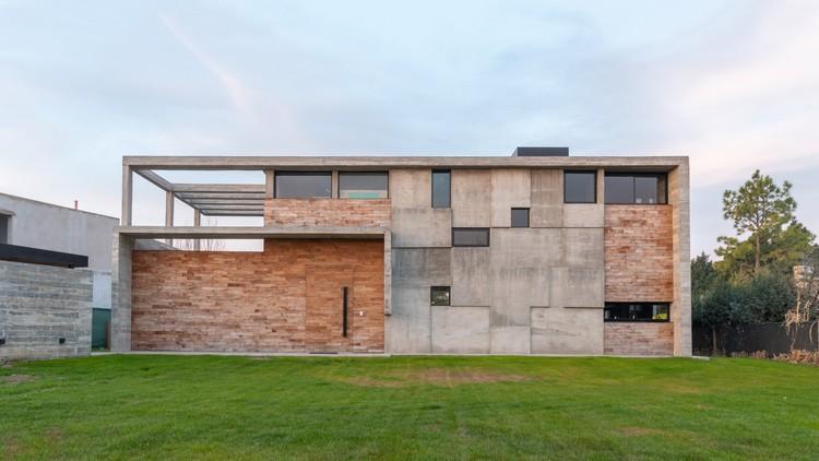 Casa 354 / Pinasco/Pinasco Arquitectos, © Gonzalo Viramonte