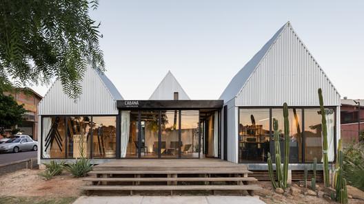 Cabana Arquitetura e Design Office / Cabana Arquitetura e Design