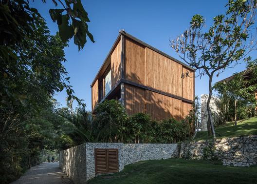 Casa de apertura / Alexis Dornier