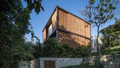 Abertura da casa / Alexis Dornier