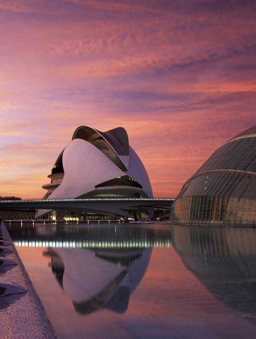 Valencia, capital mundial del diseño 2022, <a href='https://www.plataformaarquitectura.cl/cl/909695/palau-de-les-arts-reina-sofia-santiago-calatrava'>Palau de les Arts Reina Sofía / Santiago Calatrava</a>. Image © Alan Karchmer