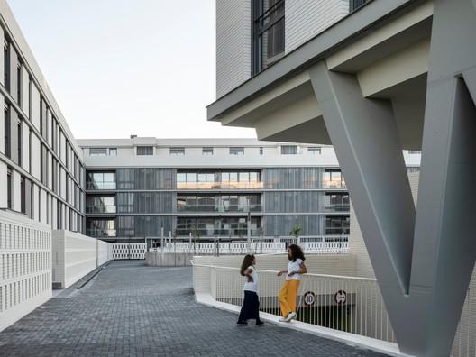 Hábitat Bulevar / Gabriel Verd Arquitectos + Buró4