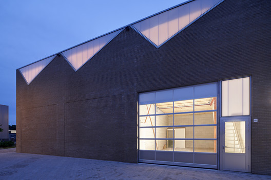 Industrial Building / derksen | windt architecten