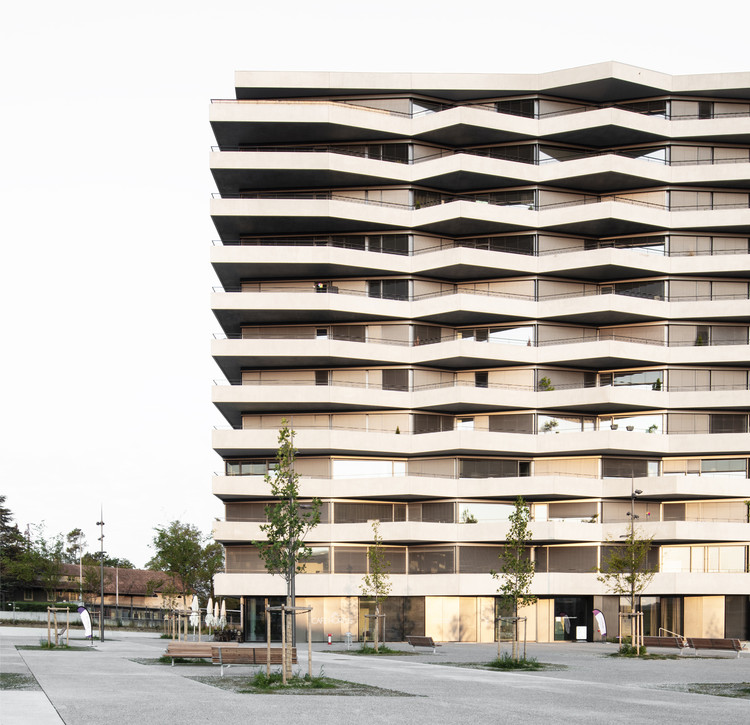 C3 Les Ailes Residential & Offices Tower / Aeby Perneger + Offices Tower, © Giorgio Marafioti